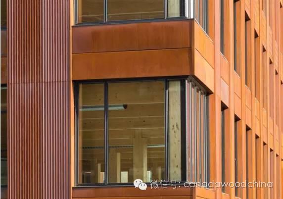 美国最大的全木材建筑完工
