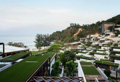 泰国普吉岛的钢木模块化度假酒店