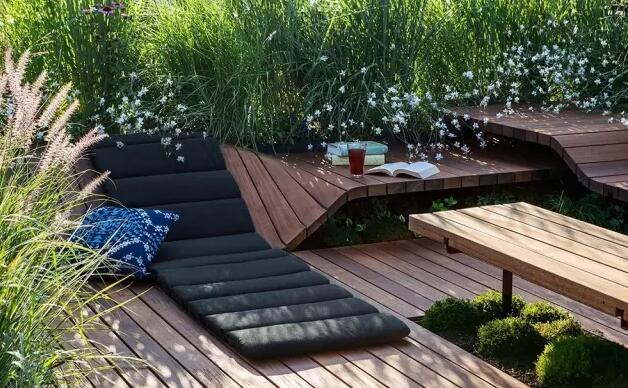 装配式钢结构,木结构 > 日本木工技术建造——零螺丝结构生态屋顶