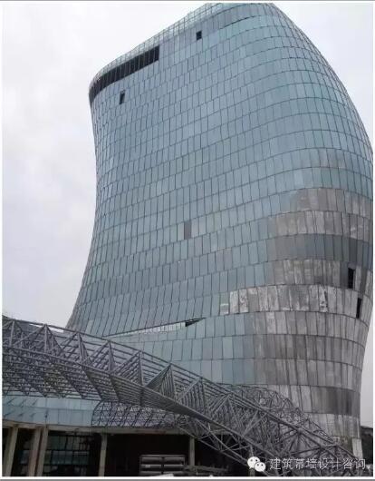 扭曲式钢结构,最异形无规则玻璃幕墙
