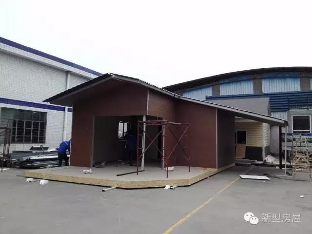 裝修效果圖 這棟樣板房占地60㎡,一室一廳一廚一衛以及一個室外車庫.