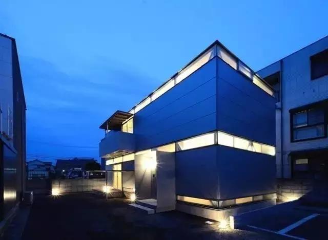 仅用螺栓螺母搭建的预制钢结构住宅--日本niji建筑事务所
