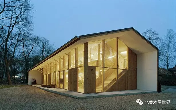 结构建筑  建筑师将农舍的地下室烘干