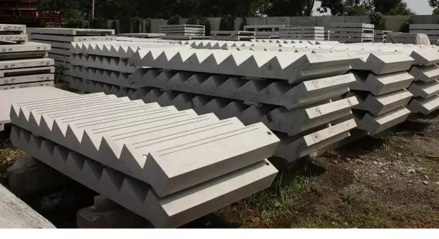 预制钢筋混凝土楼梯作为装配式制构件中较容易实现标准化设计和批量图片
