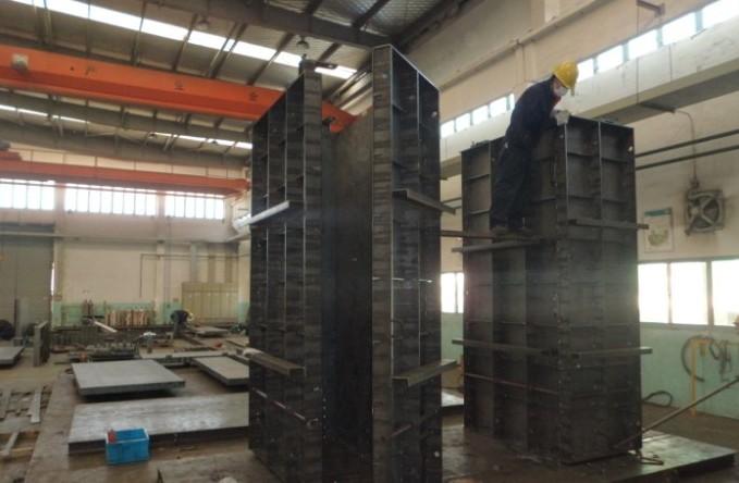 创意钢结构柱子