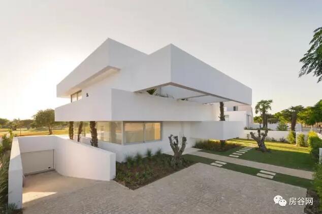 首页 专栏 装配式钢结构,木结构 > 现代简约式建筑