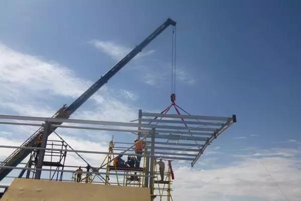 钢结构工程吊装安全技术措施 - 预制建筑网:装配式