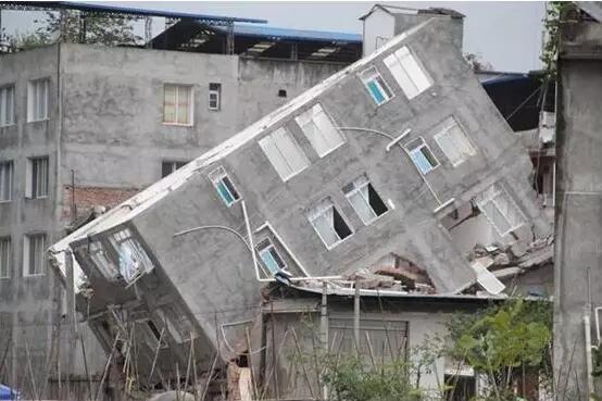 首页 专栏 装配式钢结构,木结构 > 中国农村住宅现状问题与轻钢结构