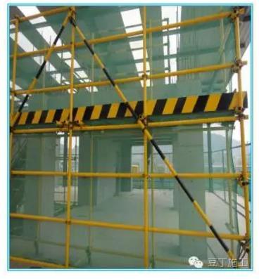首页 专栏 装配式钢结构,木结构 > 【钢结构·技术】型钢悬挑脚手架施