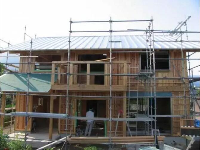 首页 专栏 装配式钢结构,木结构 > 防火防水还抗震的日本木结构  从图