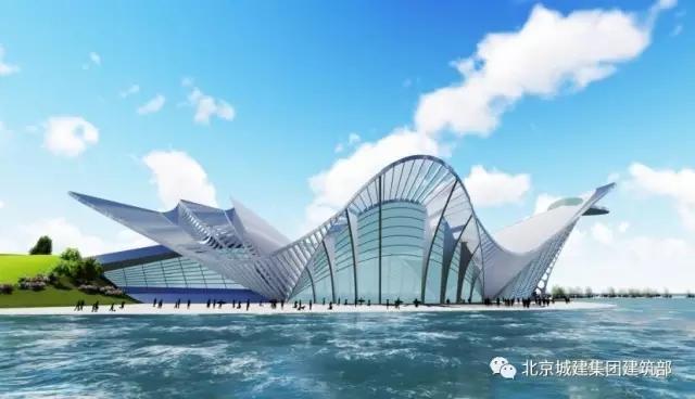 由北京城建建筑部承揽的凤凰岛综合文化中心项目位于青岛西沿海岸新区,与青岛市区隔湾相望,是西海岸新区入口处的第一张名片。作为青岛市黄岛区(原胶南市)凤凰岛旅游度假区内唯一的地标性建筑,同时也是集团公司在青岛市场承接的首个钢结构工程,该项目被列为黄岛区重点工程。因其外部造型美观、欣赏度极高,曲线线条复杂,外形似降落在金沙滩上的一只凤凰,故又称之为凤凰之舟。  工程建筑面积31313平方米,其中地上8层,建筑高度66米。首层为设备用房及服务用房,层高6米。凤凰的头颈部汇集餐饮服务及私人会所等功能,在距地