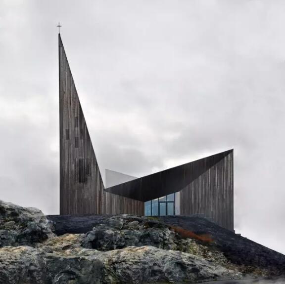 首页 专栏 装配式钢结构,木结构 > 挪威knarvik社区教堂