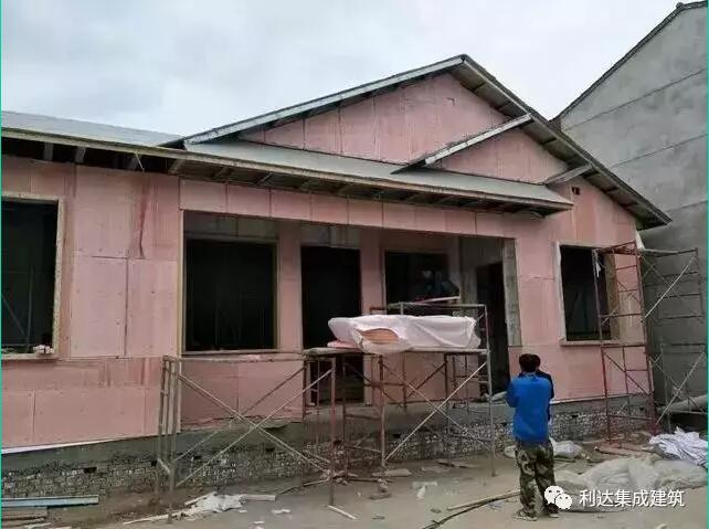 农村老木房子内墙