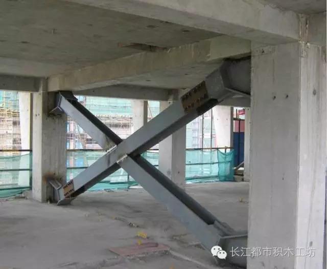 (三)全装配整体式框架钢支撑结构体系 该体系提高了结构的整体抗震