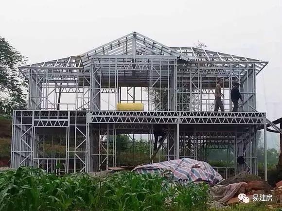 首页 专栏 装配式钢结构,木结构 > 轻钢结构房屋成本vs混凝土房屋成本