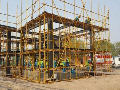 北京住总集团钢结构住宅产业化样板房主体钢框架安装