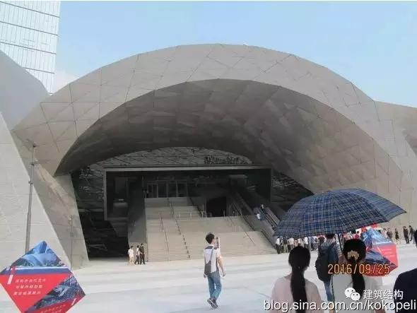 首页 专栏 装配式钢结构,木结构 > 深圳当代艺术与城市规划馆正式开馆