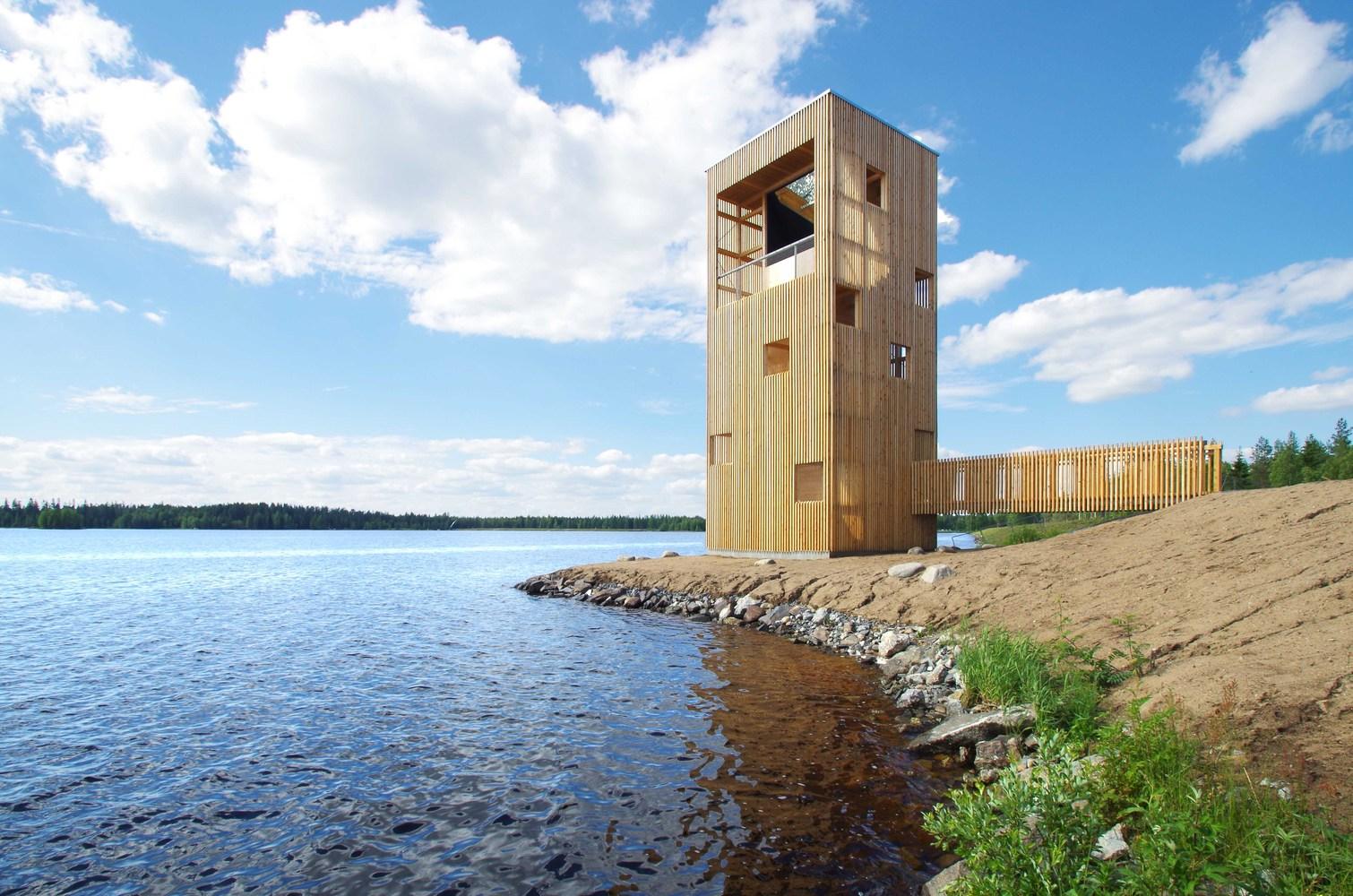 芬兰木材搭建的潜望镜瞭望塔 / oopeaa - 预制建筑网