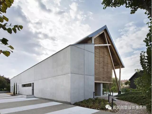 建筑混凝土与木结构立面